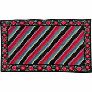 """Vintage kilim rugs 139cm x 242cm/4'56″x7'93""""."""