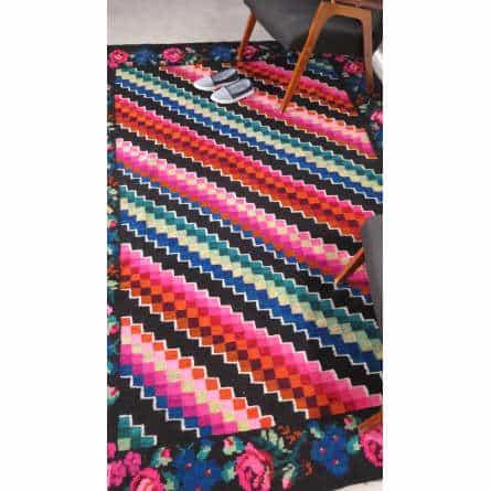 Tapis Kilim moderne vintage kilim rugs with flowers